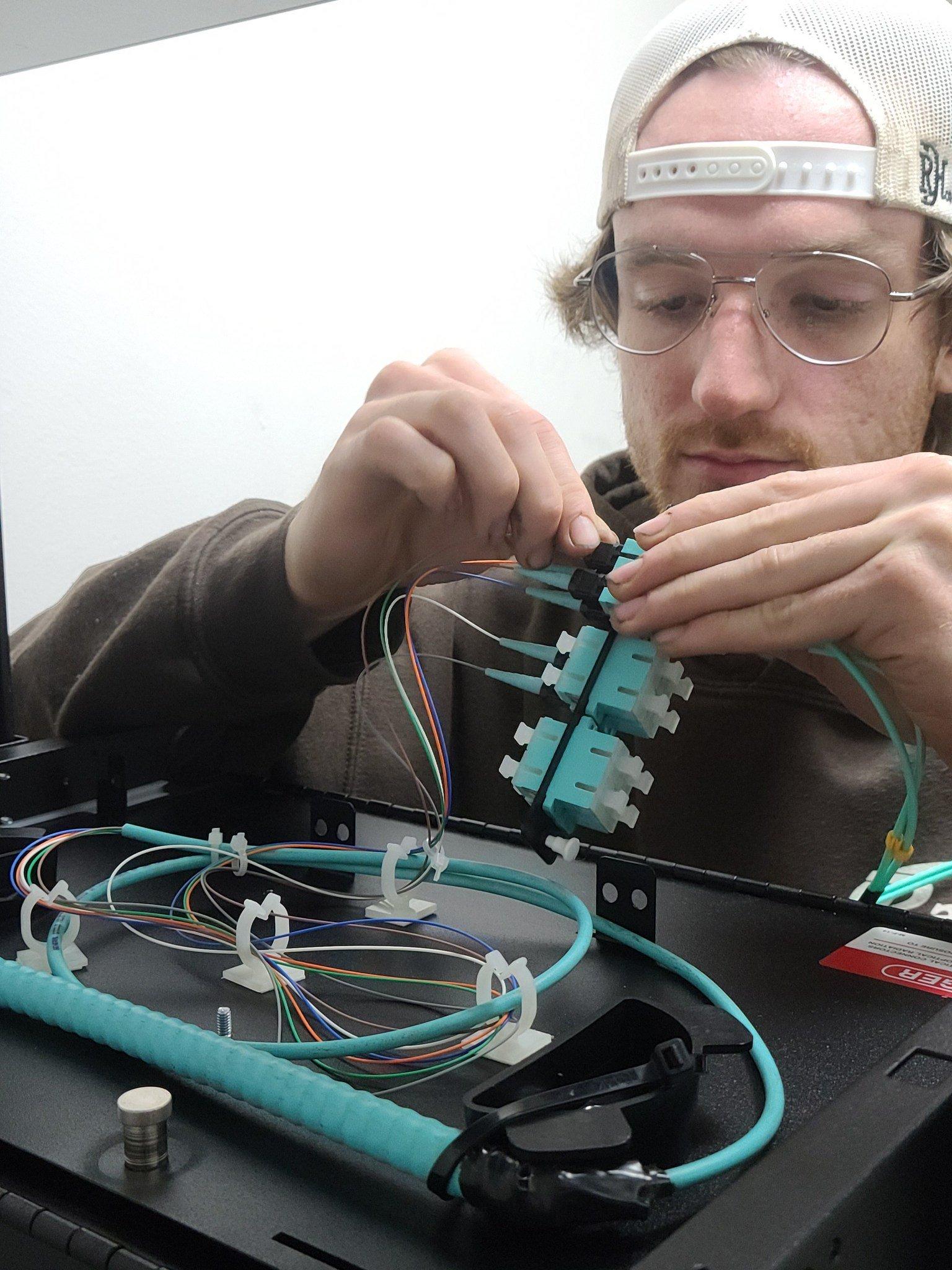 Fiber Optics - Race Communications